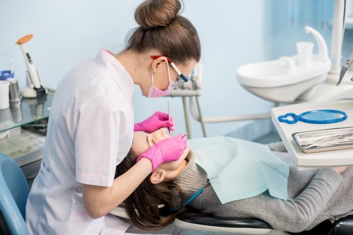лечение зубов услуги цены